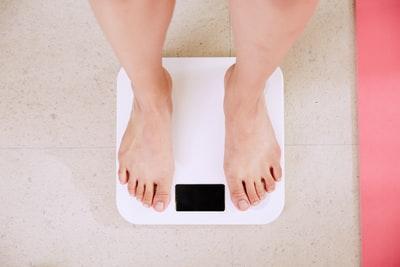 ダイエットサプリの「辛口な体験口コミ」 基本的に効果薄いですが、良いものもあります。